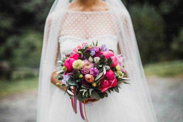 Hochzeitsfotograf Reutlingen Hochzeitsfotograf Blumenstrauss Rosen